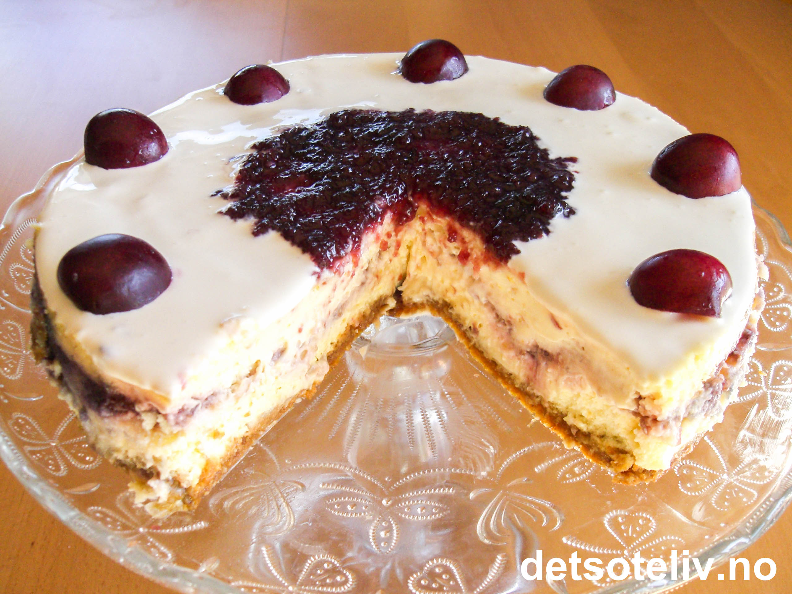 Cherry Swirl Cheesecake | Det søte liv