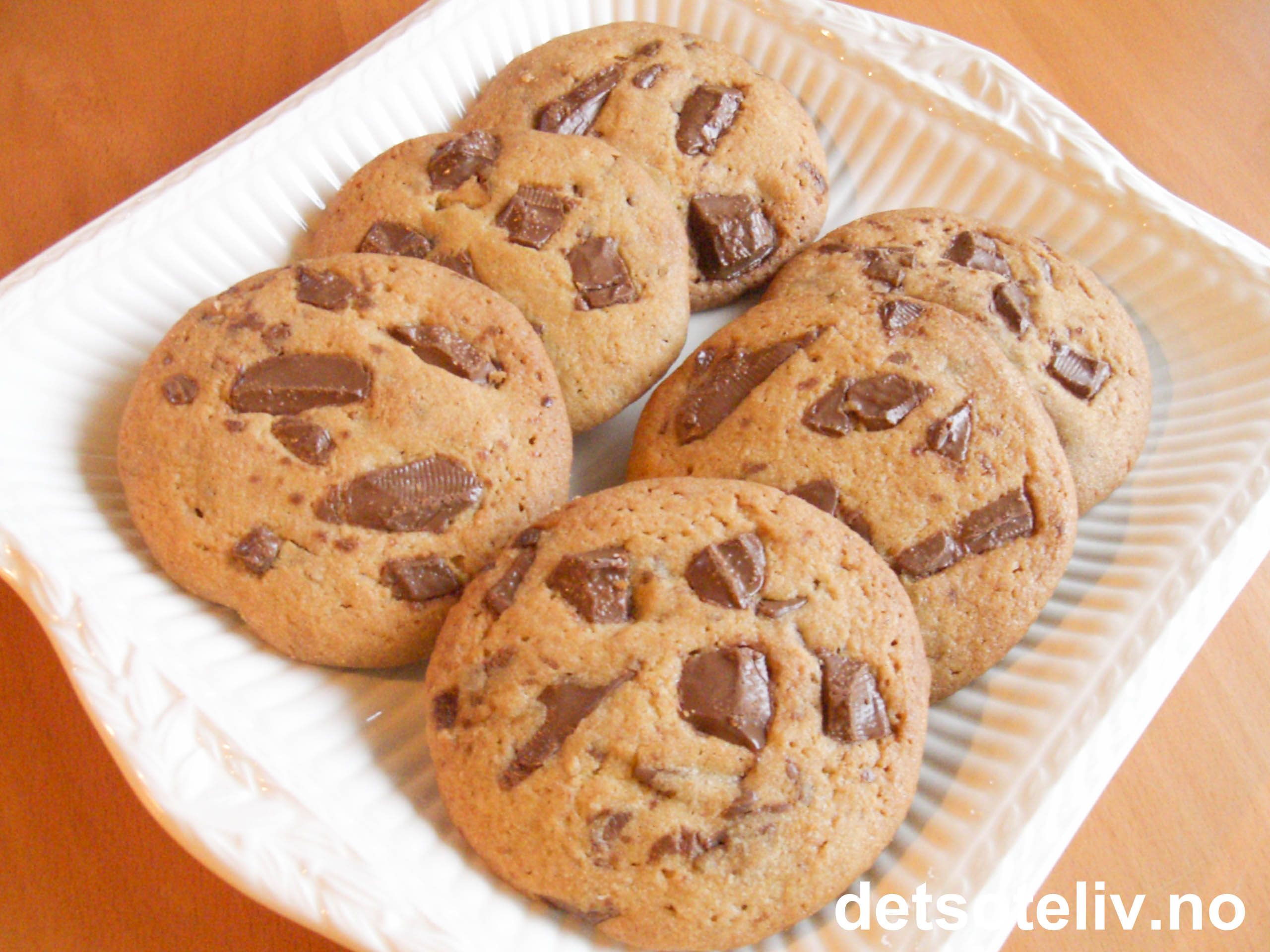 Cookies med melkesjokolade | Det søte liv