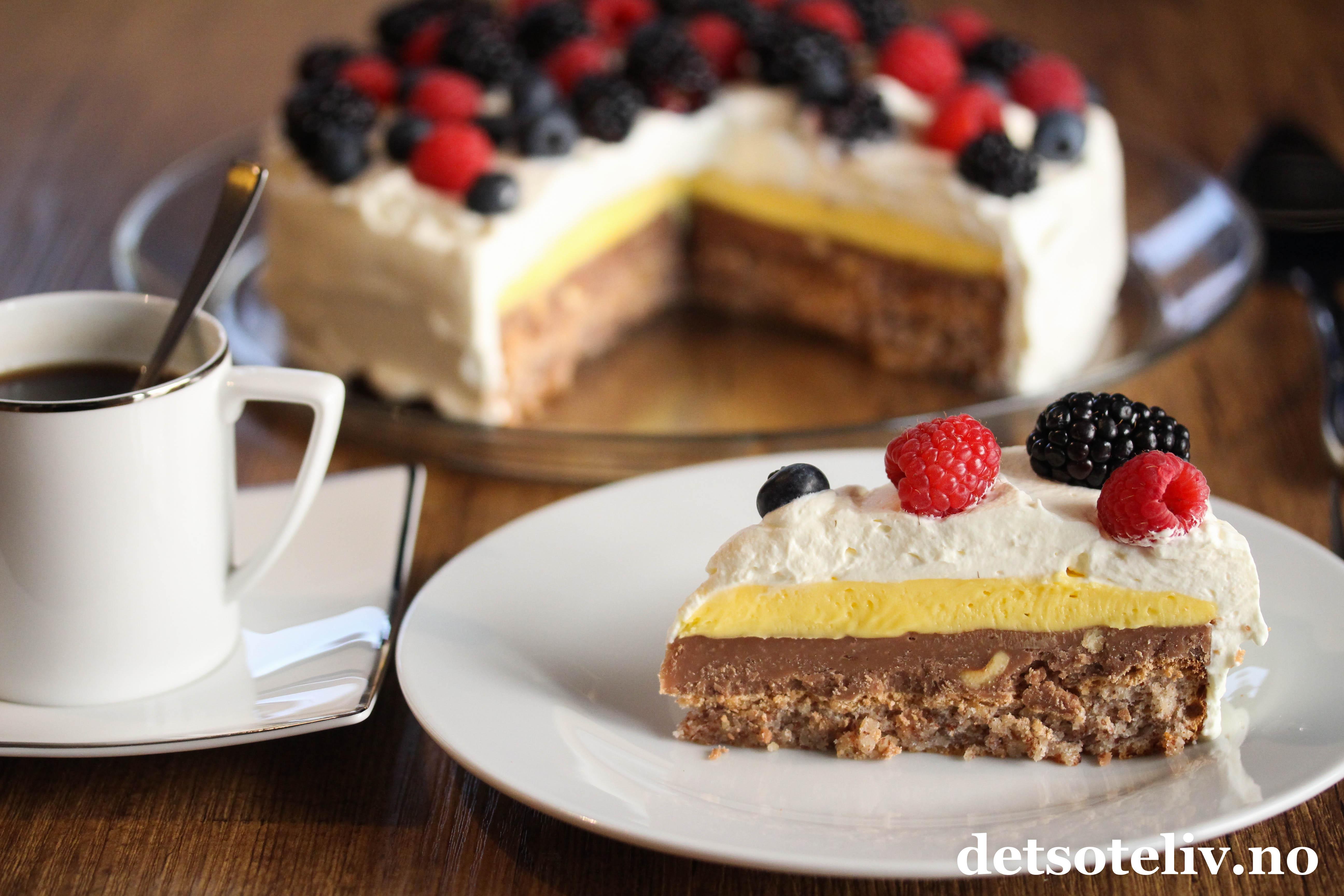 Nakenkake med vanilje og bringebær (Naked Cake)   Det søte liv