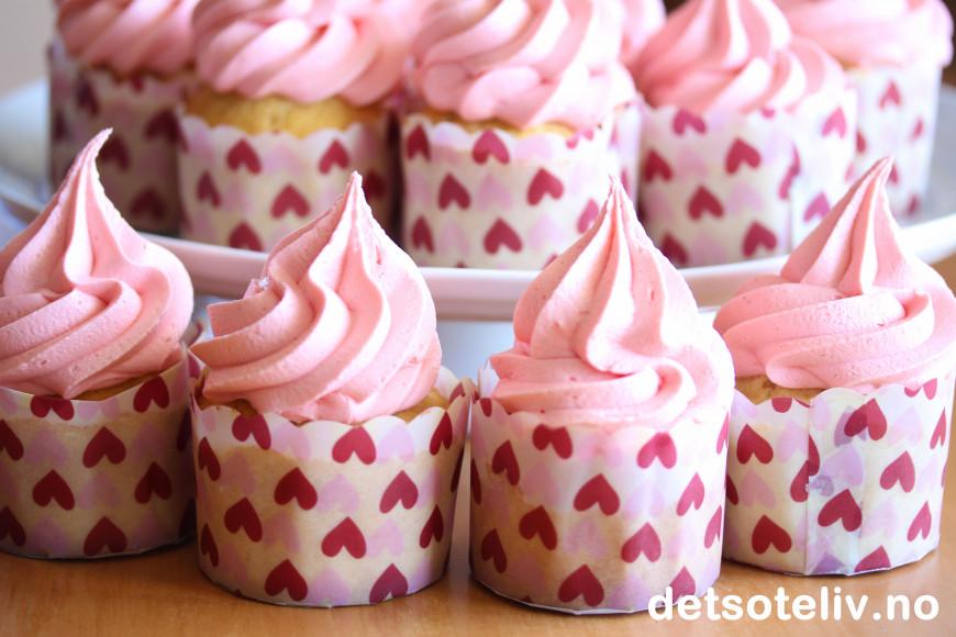 Strawberry Marshmallow Frosting Recipe — Dishmaps