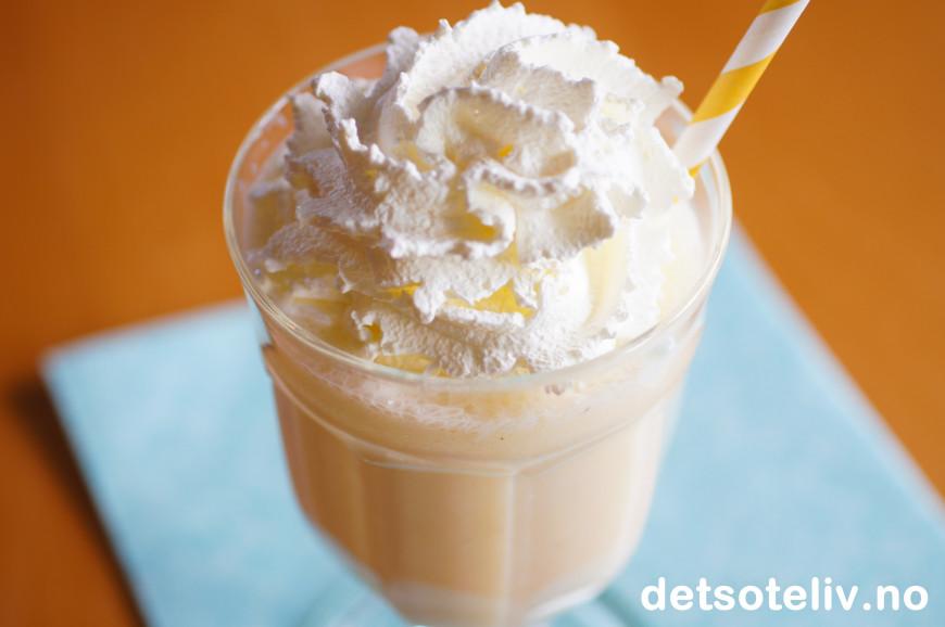 Lage milkshake med blender