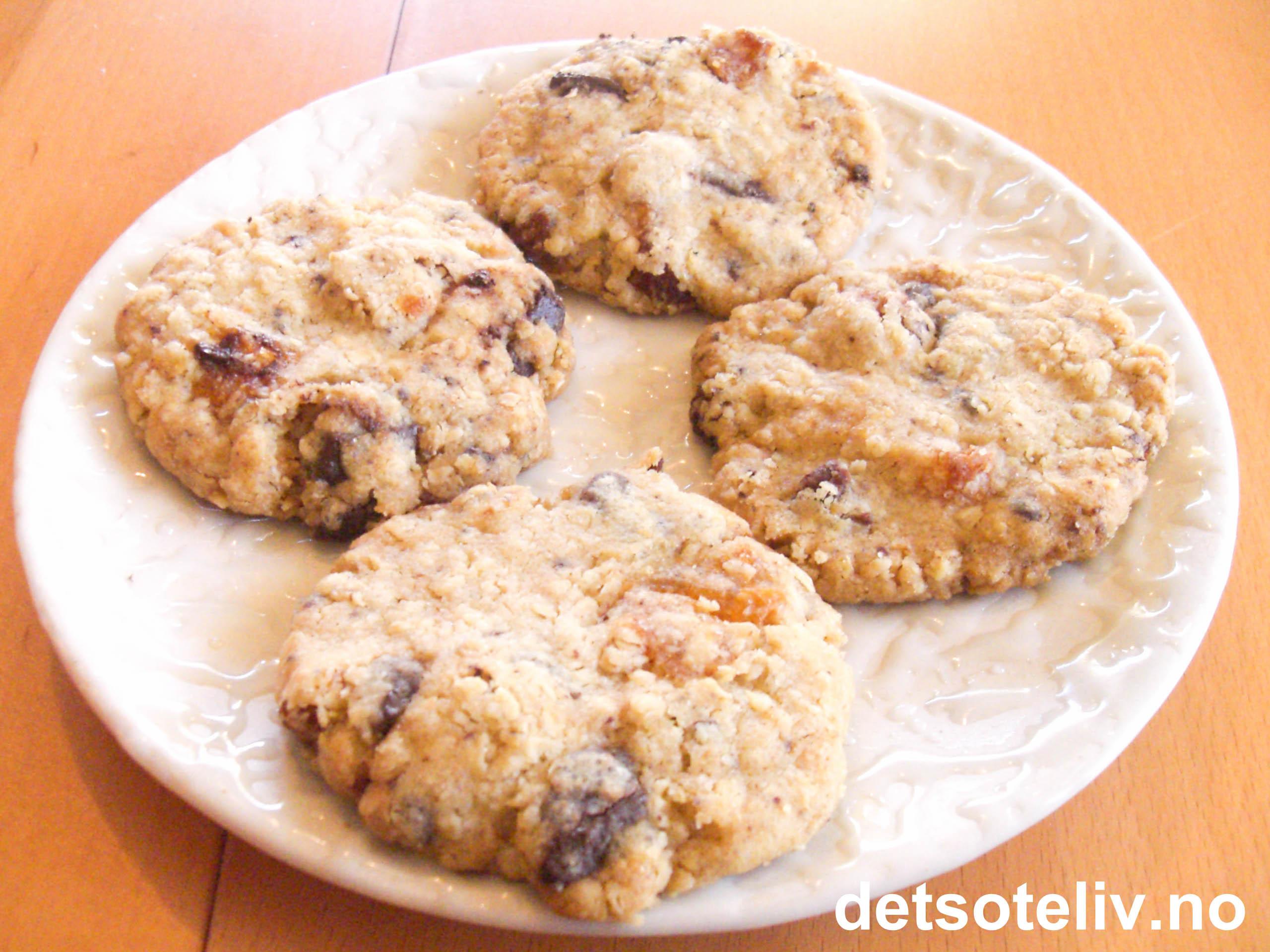 7d0b6299e Cookies med sjokolade og aprikos | Det søte liv